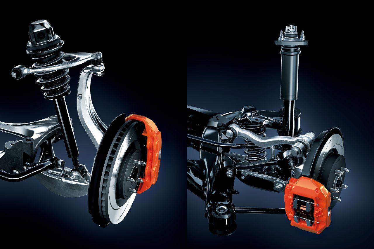 """レクサス、V8搭載『GS F』を一部改良。専用サスペンションの改良で""""F""""の走りを強化"""