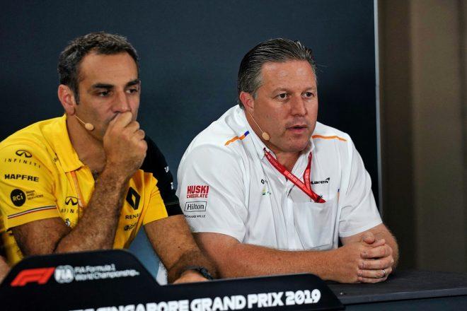 ルノーF1のマネージングディレクター、シリル・アビテブールと、マクラーレンのエグゼクティブディレクター、ザック・ブラウン
