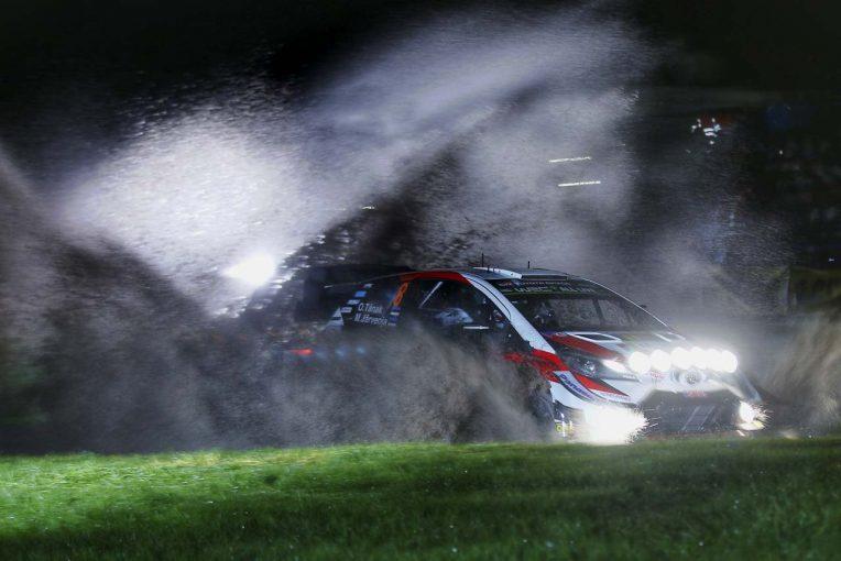 ラリー/WRC   WRCラリーGB:トヨタ、ミークが首位発進。13番手に沈んだタナクは「ストールして数秒を失った」