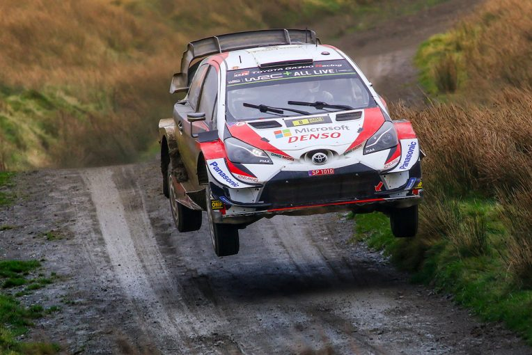 ラリー/WRC   WRC第12戦ラリーGB:トヨタのタナク、11秒リードで最終日へ。ミークは総合4番手へ後退