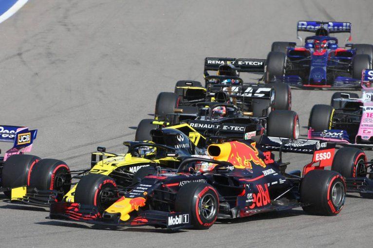 F1   ホンダF1甘口コラム シンガポールGP&ロシアGP編:終盤戦に向けた『戦闘力の確実な確保』を実施。新PU投入を決断した3つの理由