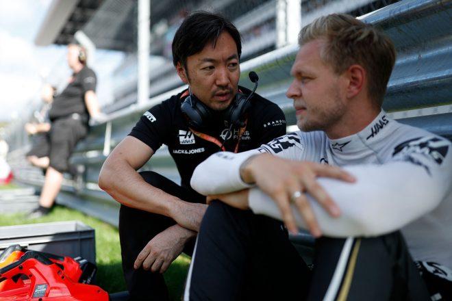 2019年F1第16戦ロシアGP 小松礼雄チーフレースエンジニア&ケビン・マグヌッセン(ハース)