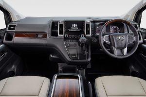 クルマ | トヨタ 年内発売予定のフルサイズワゴ『グランエース』を東京モーターショーで初披露