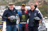 2019年のラリーGB、WRC2クラスを制したペター・ソルベルグ(中央)