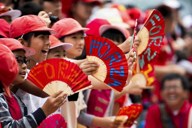 F1   鈴鹿サーキットがF1日本GP週末のスケジュール変更を発表。12日土曜は一部を除き閉園、F1予選は日曜10時からの開催