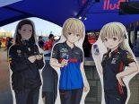 F1 | 【F1第17戦日本GP金曜ギャラリー】今年もGPスクエアなどの各所で『GP娘』が展示