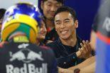 F1 | 佐藤琢磨が山本尚貴のF1日本GP初走行をトロロッソのピットで応援。「100点満点! 彼の実力を証明できた」と太鼓判
