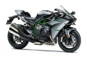 MotoGP | カワサキ、鈴鹿8耐の優勝マシンとトロフィーを東京モーターショーで展示。ニューモデルの発表も
