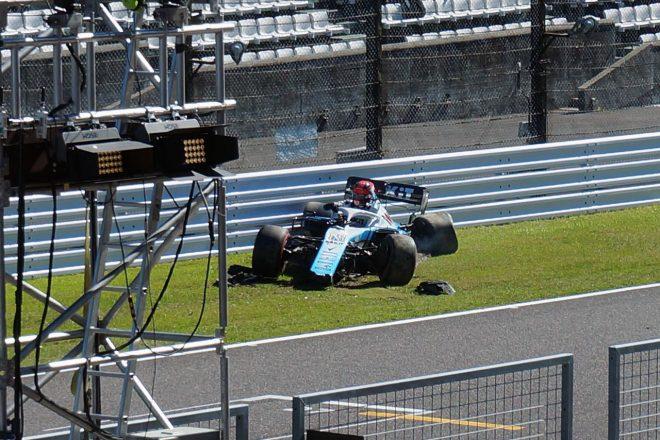 2019年F1第17戦日本GP予選Q1でクラッシュを喫したロバート・クビサ