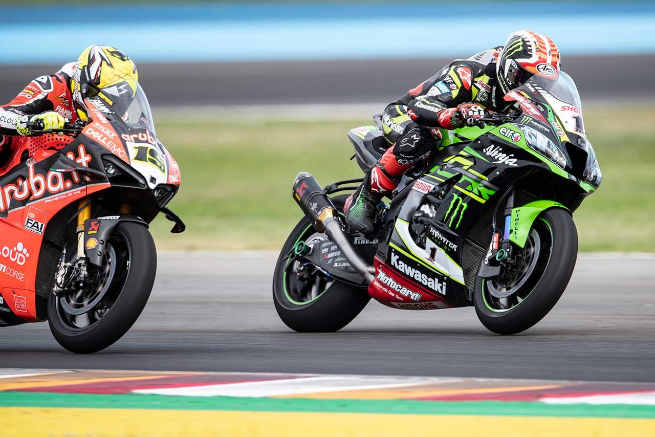 SBKアルゼンチン:王者レイが2連勝飾る。レース1では路面状況の悪さを理由に清成を含む6名が参戦せず