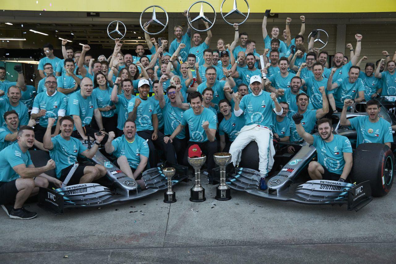 F1 | メルセデスF1代表のウォルフ、日本GP鈴鹿で決めたコンストラクターズタイトル獲得をニキ・ラウダに捧げる