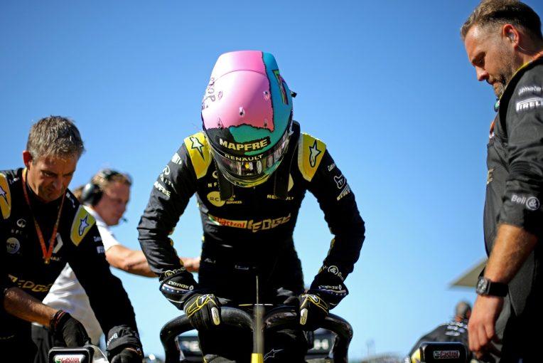 F1   リカルドが16番グリッドから6位。ルノー、ダブル入賞達成も、技術規定違反の疑いで順位変更の可能性:F1日本GP