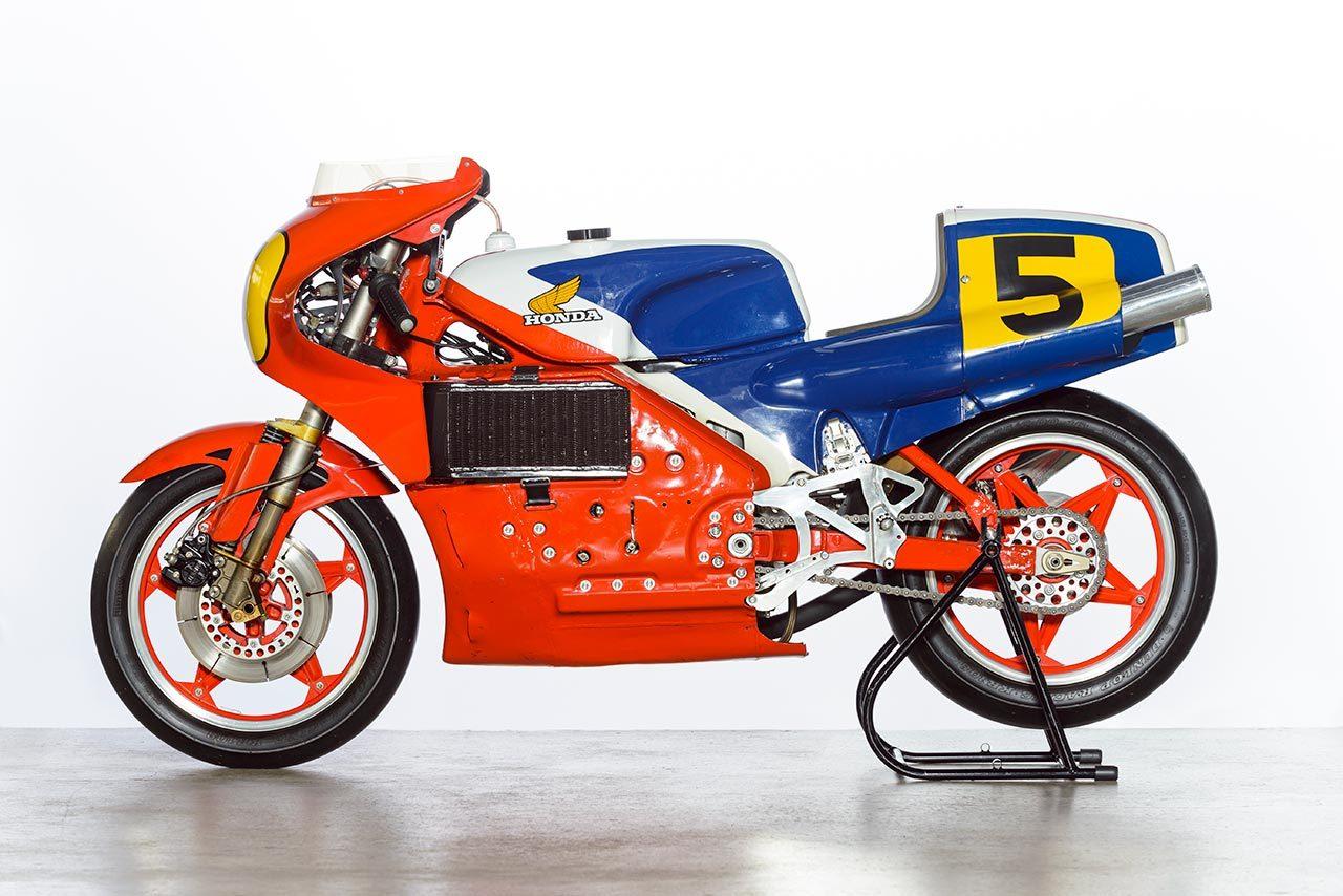 今から40年前ホンダが2輪世界グランプリに再挑戦した4ストロークマシンNR500とは?