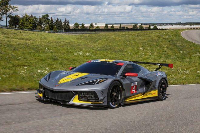 Chevrolet-Corvette-C8R-014-660x440.jpg