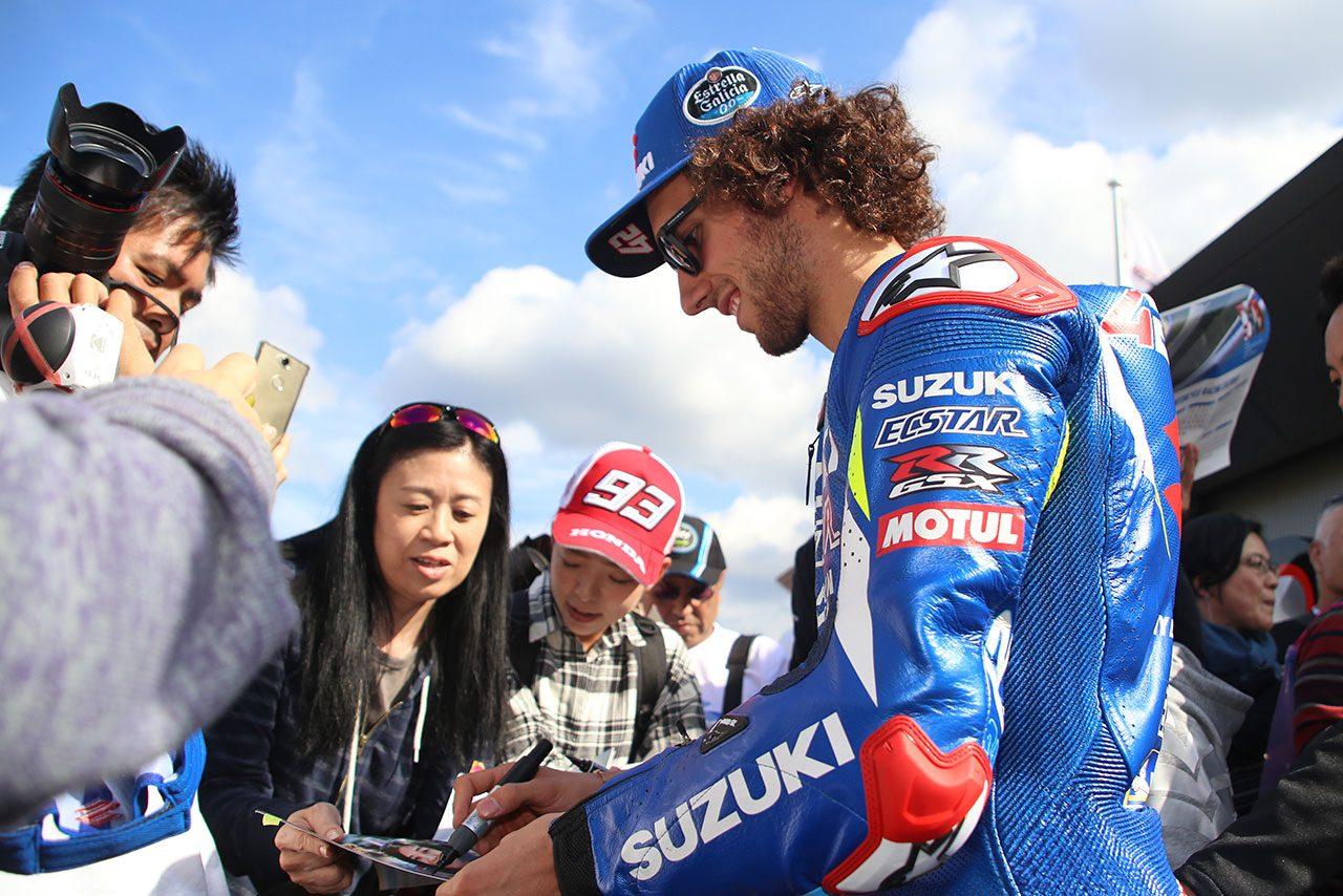 """MotoGP日本GP恒例のプレイベント開催。2019年のEVバイクレースは例年以上の""""はっちゃけぶり"""""""