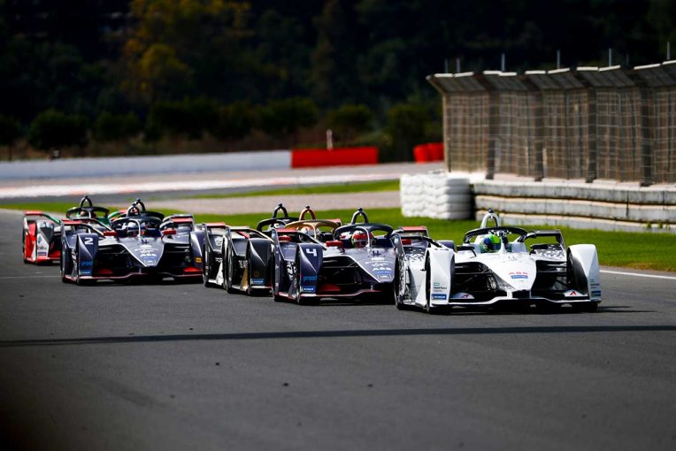海外レース他 | フォーミュラE:2019/20年開幕前の公式テスト終了。24台中22台が1秒以内に収まる