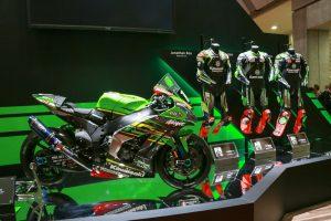 MotoGP | カワサキ、4気筒エンジンの『ZX-25R』、スーパーチャージャー搭載のネイキッド『Z H2』初公開/東京モーターショー
