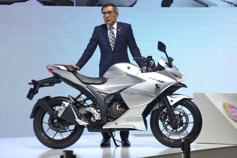 MotoGP | スズキ、ジクサーSF250/250は若年層がターゲット。油冷エンジンを採用した理由や開発コンセプトは?