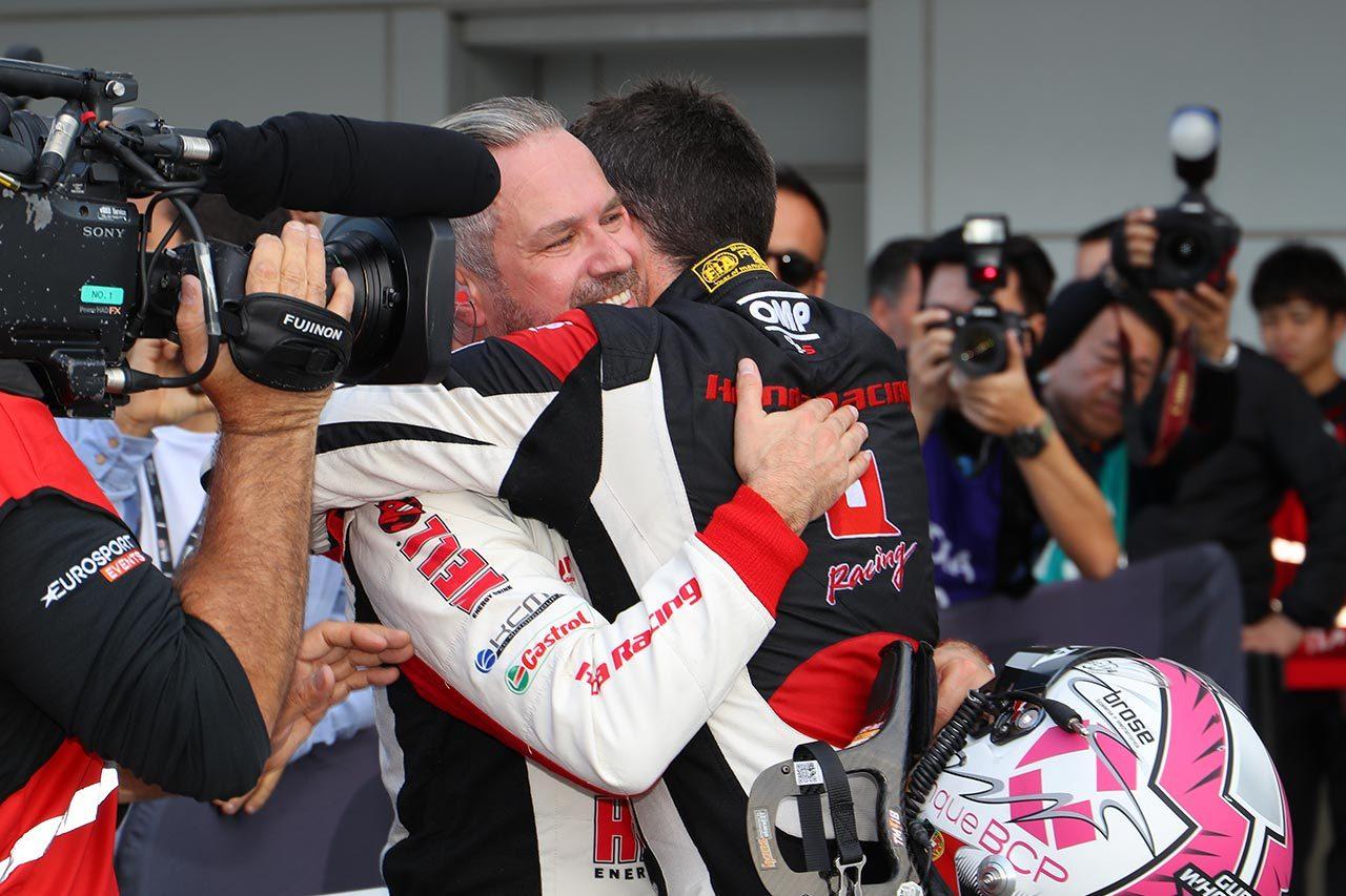 WTCR鈴鹿:グエリエリがホンダ・シビックに嬉しい地元優勝をもたらす。日本勢は悔しいレースに