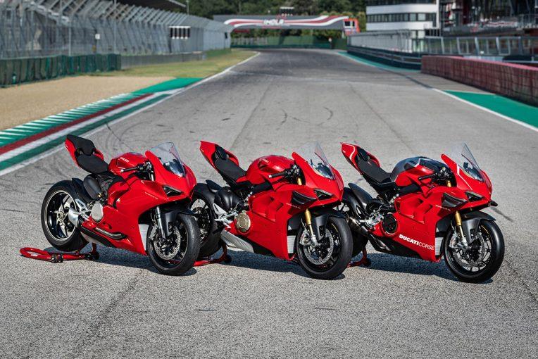 MotoGP | ドゥカティ、パニガーレV2を新型モデルに追加。V4/V4 Sはウイングを標準装備に