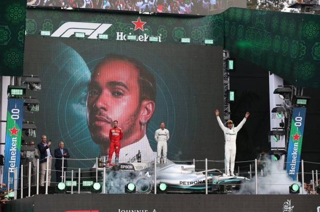 2019年F1第18戦メキシコGP決勝 ルイス・ハミルトン(メルセデス)が優勝を飾る