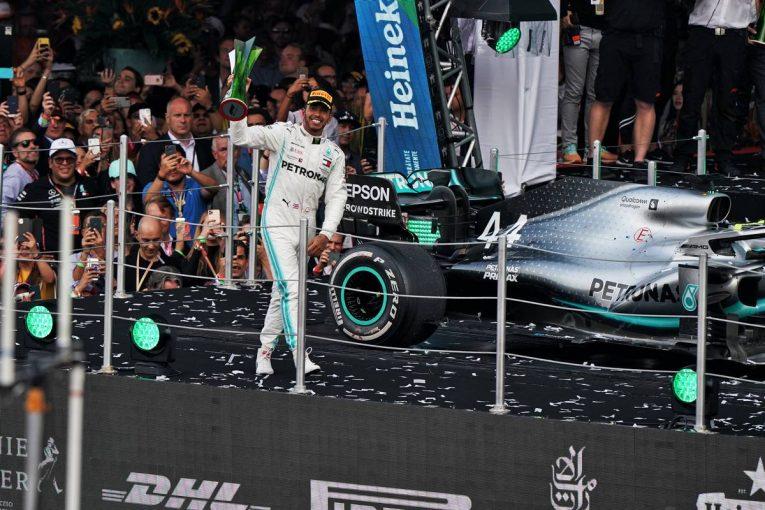 F1 | ピレリ「ハミルトンはレースの鍵を握るハードタイヤを最大限に活用して優勝を果たした」