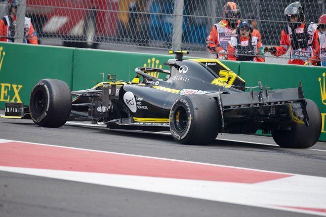 2019年F1第18戦メキシコGP決勝 ニコ・ヒュルケンベルグ(ルノー)、ダニール・クビアト(トロロッソ・ホンダ)と接触し、コースアウト