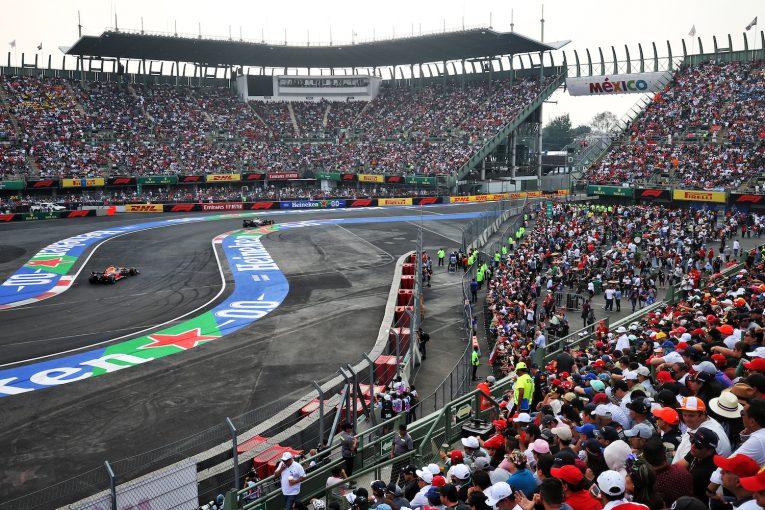 F1   メキシコGPで女性観客数が3割増加。Netflixのドキュメンタリー番組でF1への関心高まる