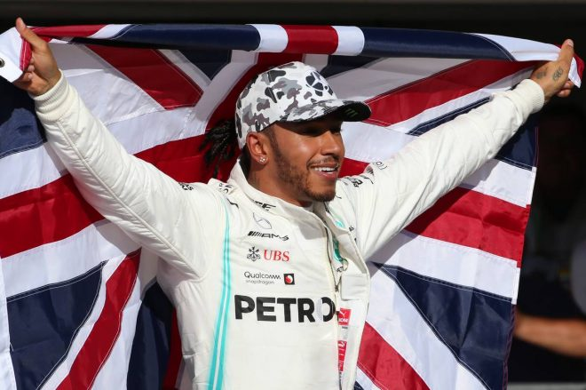 F1   F1アメリカGP決勝:ハミルトンが通算6回目のチャンピオン獲得。フェルスタッペンは黄旗に阻まれ追い上げ叶わず