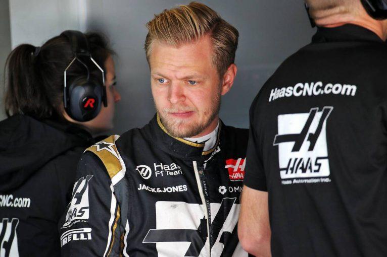 F1   マグヌッセン「ブレーキトラブルで終盤にストップ。グリップがなくてペースも悪く、全然速さがなかった」:ハース F1アメリカGP日曜