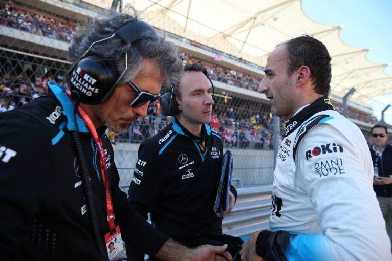 F1 | クビサ「グリップ不足でバンプの対処が難しく、オイル漏れでリタイアを強いられた」:ウイリアムズ F1アメリカGP日曜