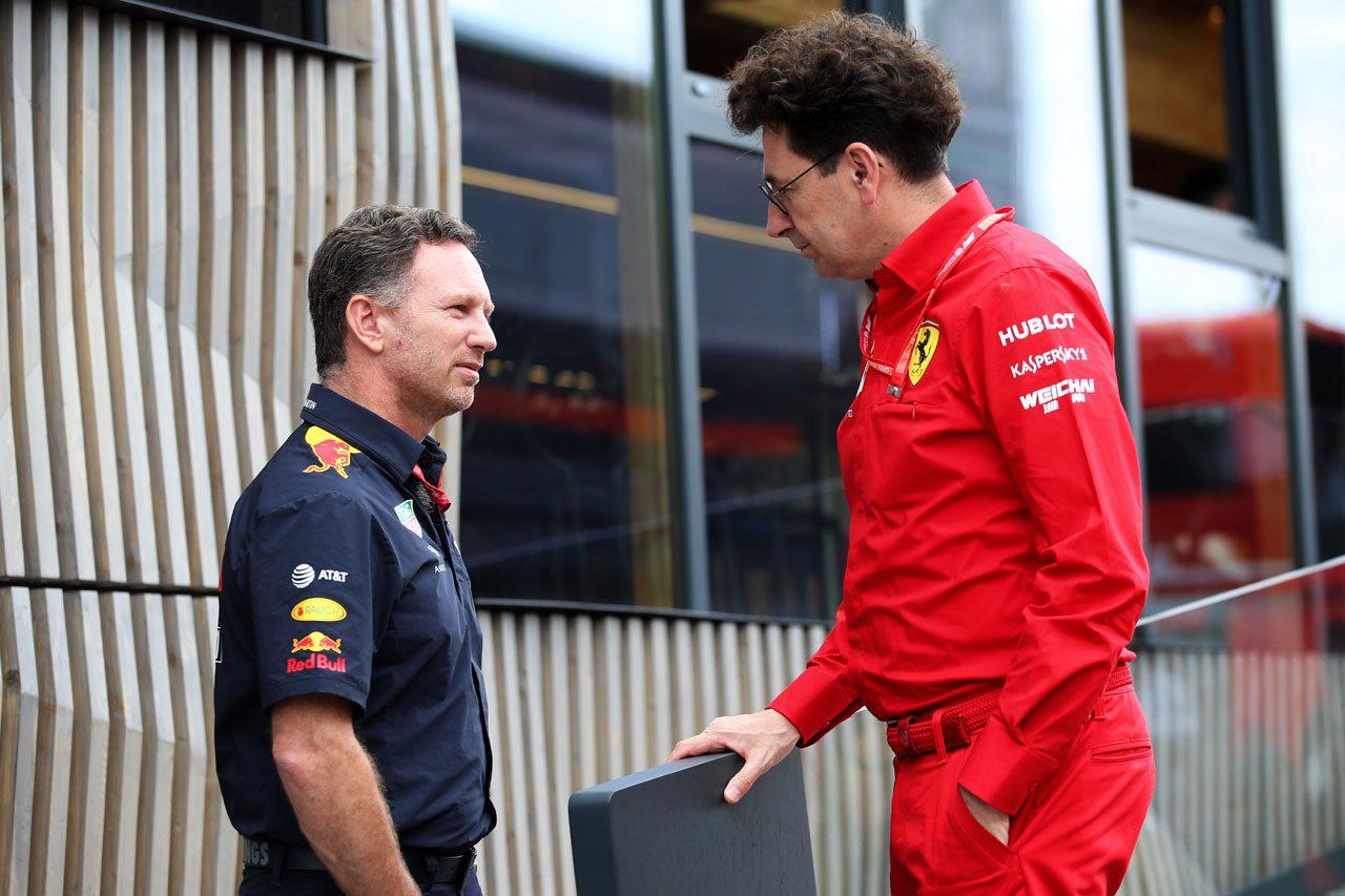 レッドブル代表ホーナーとフェラーリ代表ビノット(2019年F1ドイツGP)