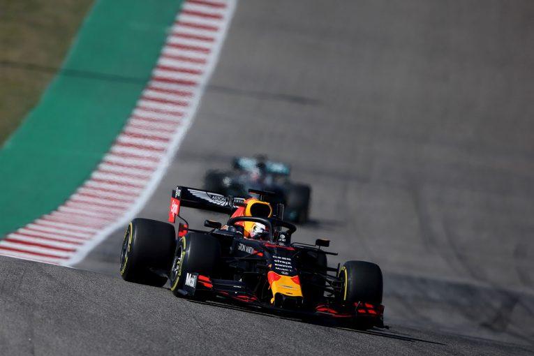 F1 | 【F1アメリカGP無線レビュー】「このバランスでは妥協を強いられる」フェルスタッペン、善戦も0.854秒及ばず