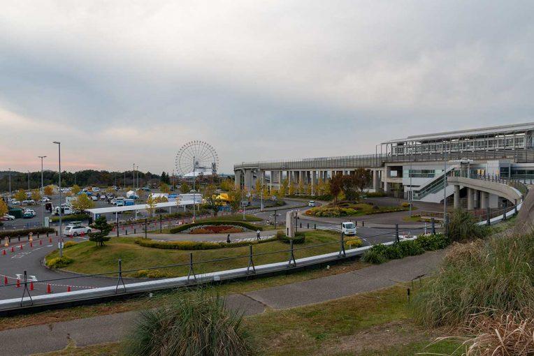 ラリー/WRC | モリコロパークでセントラル・ラリー開幕に向け設営進む。哀川翔や勝田貴元も姿見せる