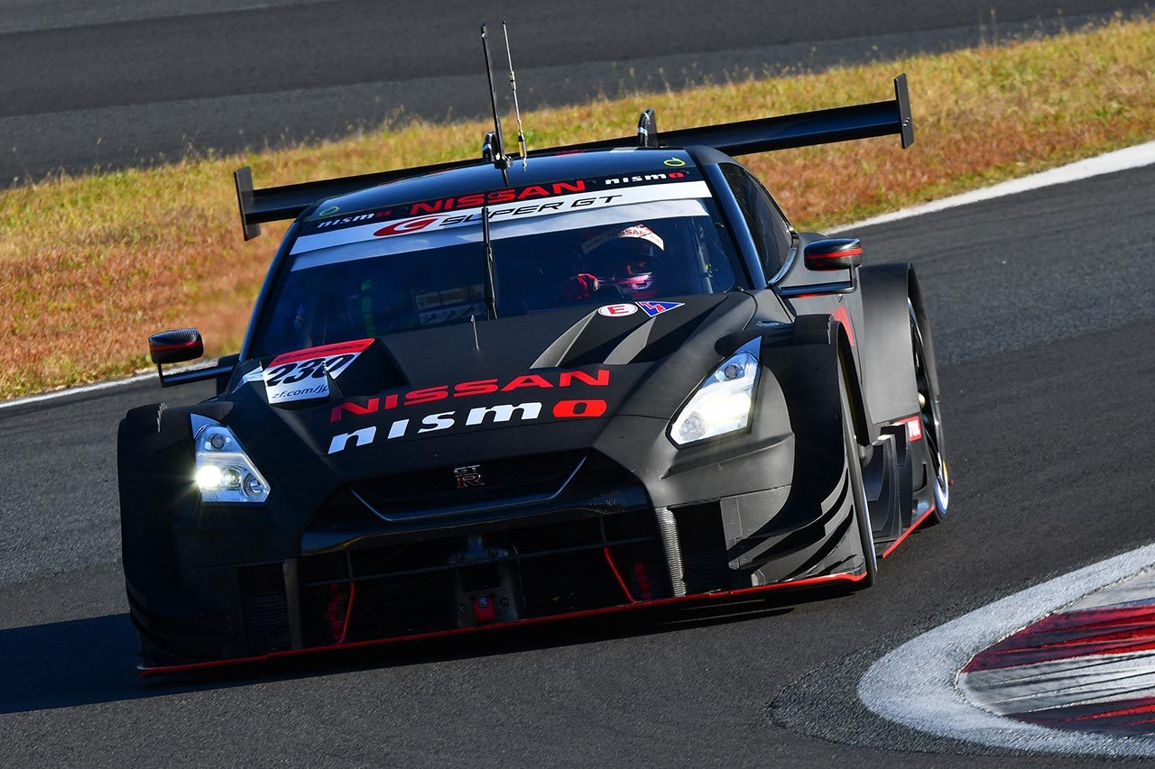 スーパーGT:富士スピードウェイで2020年のGT500マシン3台がテストを行う
