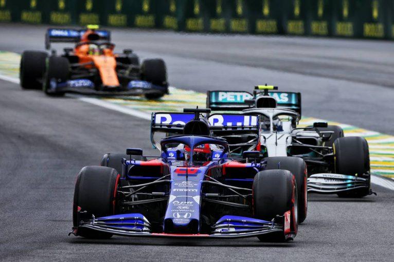 F1 | 【動画】F1第20戦ブラジルGP初日ハイライト