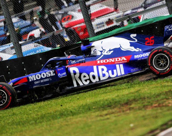 2019年F1第20戦ブラジルGP初日 ダニール・クビアト(トロロッソ・ホンダ)はFP2でクラッシュ