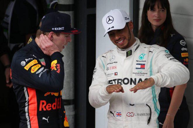 2019年F1第20戦ブラジルGP マックス・フェルスタッペン(レッドブル・ホンダ)、ルイス・ハミルトン(メルセデス)
