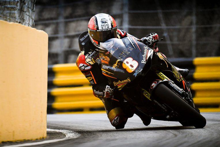 MotoGP   第66回マカオグランプリ:ルターが2度の赤旗で荒れたモーターサイクルGPで優勝。ポールのヒックマンは2位