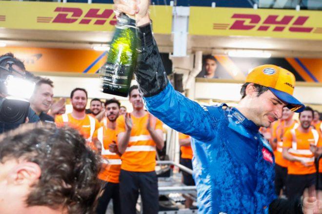 2019年F1ブラジルGP マクラーレンのカルロス・サインツJr.が3位表彰台を獲得