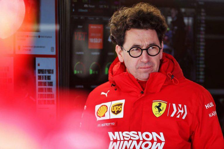 F1 | 同士討ちに批判相次ぐも、フェラーリF1代表は「ドライバーにレースをさせることが正解だった」と主張