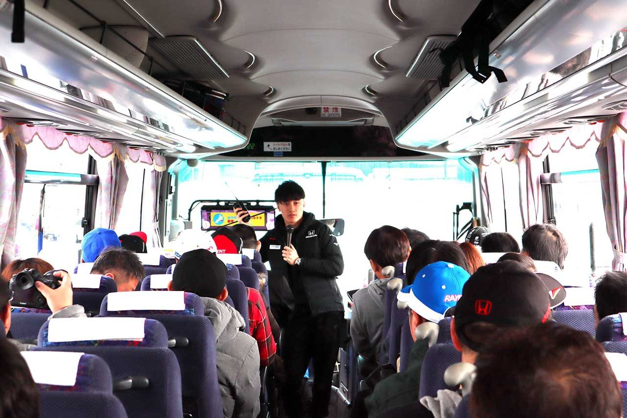autosportファンとの交流イベント、立川&牧野選手の生解説でサーキットサファリを体験/スーパーGT×DTM特別交流戦