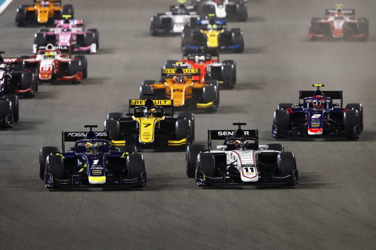 FIA-F2第12戦アブダビ レース1:好バトルの末に松下信治が2位表彰台を獲得。セッテ・カマラが2勝目
