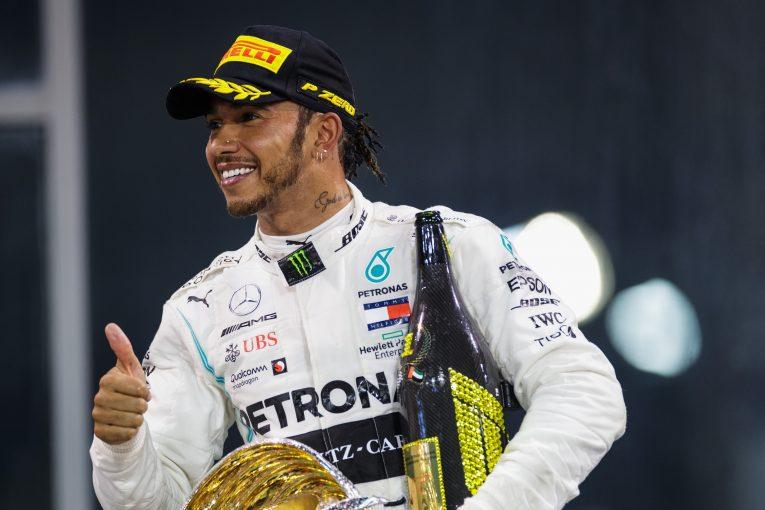 F1 | ハミルトン、フェラーリF1からの関心を喜ぶ。ウォルフもライバルチームとの話し合いを許容