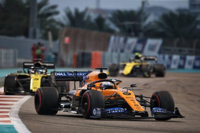 F1   サインツ、最終ラップの争いが映されず不満「多くのファンが数多くのバトルを見逃している」