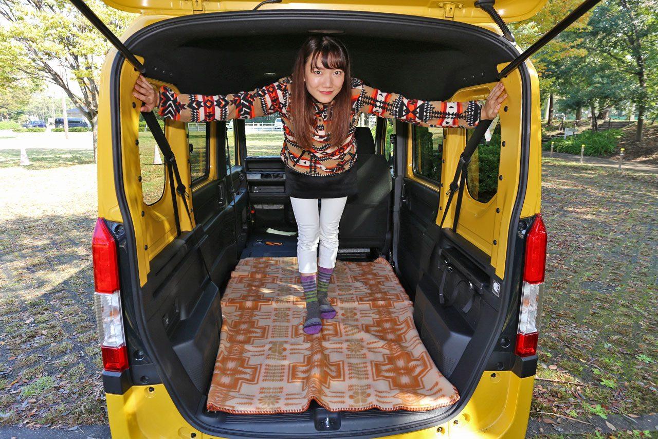 軽自動車とは思えないホンダN-VAN。自宅のような室内に夢広がる/森園れんの試乗インプレッション