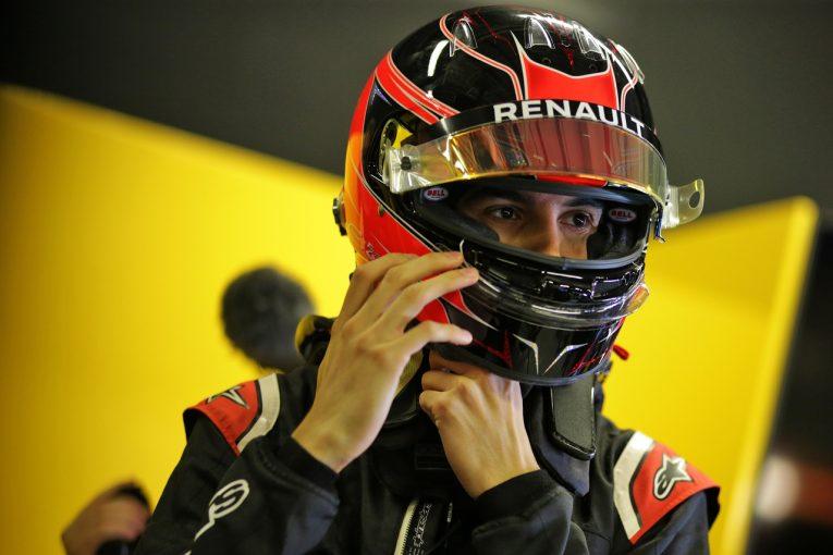 F1 | メルセデスF1代表「オコンを起用しなかったのは、彼のキャリアを守るため」