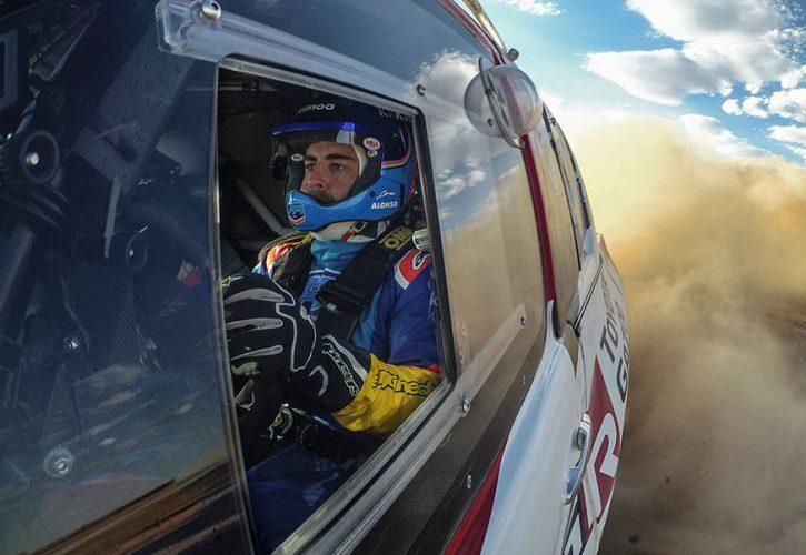 海外レース他 | アロンソ「ダカールを楽しむ準備はできているが、勝利を目指せるレベルではない」