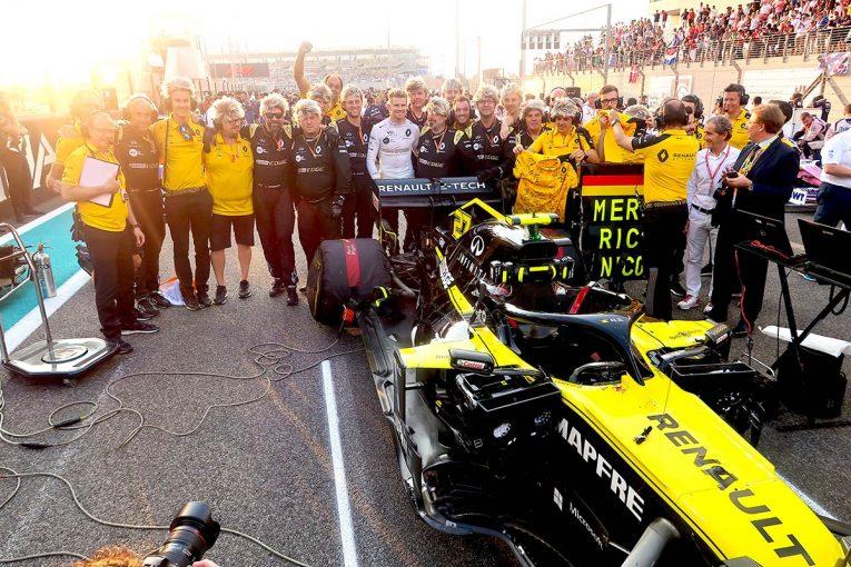 F1 | F1 Topic:去りゆくヒュルケンベルグへ駆け寄ったあるドライバー