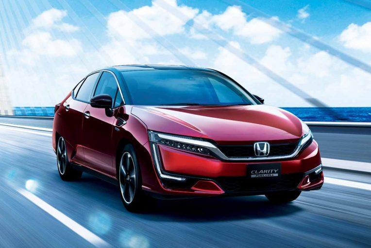 クルマ | ホンダ、燃料電池車『クラリティFUEL CELL』改良。質感向上のほか低温域の性能アップ